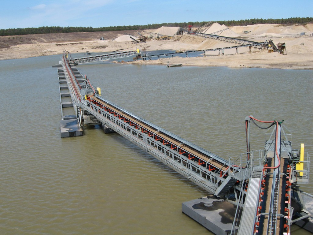 FLOATING CONVEYOR1